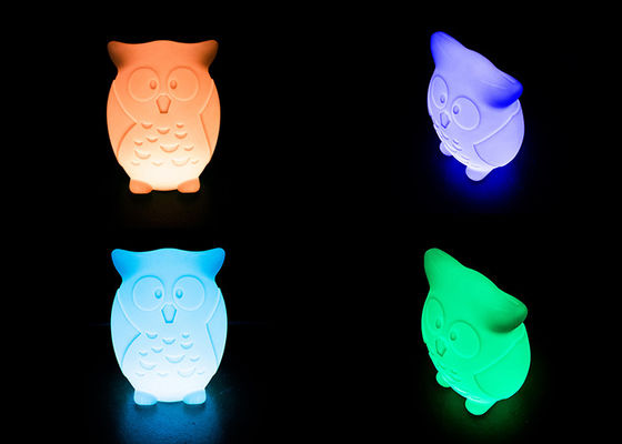 Dekoratif Illuminated Animal Night Light Duck Bentuk 16 Warna Berubah