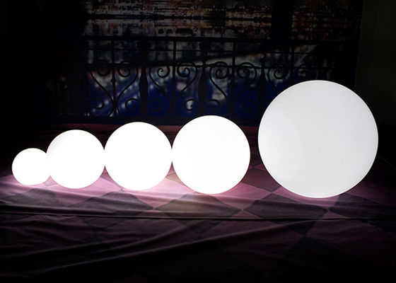 Shiny Outdoor Ball LED Kecil / Lampu Taman Bola Besar Nirkabel Dan Shockproof